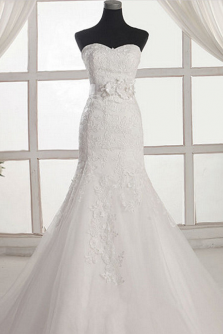 Floral Lace Appliqués Sweetheart Floor Length Tulle Mermaid Wedding Dress