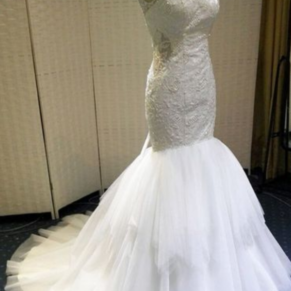 Sleeveless Sheer Lace Mermaid Wedding Dress